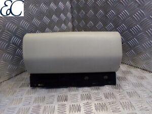 06-09 Range Rover L322 Glove Box Upper FBB500870