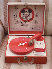 EARLY MICKEY MOUSE CLUB RECORD PLAYER - LIONEL TOYS (WALT DISNEY MOUSEKETEERS)
