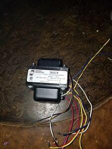 Transformer - Hammond 363CX 360v 50/60Hz 250mAh