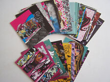 LOT DE 55 CARTES CARD MATTEL  PANINI , MONSTER HIGH 2011 + 10 DE 2013. BON ETAT