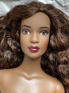 """Tonner Tyler Wentworth NUDE MESMERIZING ESME 16"""" Fashion DOLL BW Doll BODY"""
