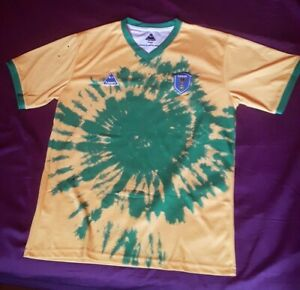 Lovers fc Brasil football shirt. Size Large. Brand new without tag. £15