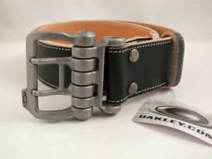 OAKLEY MENS DISTRESSED LEATHER BELT  BLACK  SIZE S REAL LEATHER  RARE  NEW  LAST