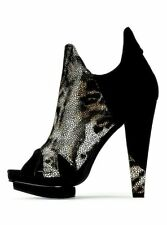 $98 Victoria's Secret Platform Snake Leopard Suede Leather Black Boot Shoes 10