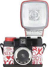 Lomography Diana Mini Flash Love Letters + 1 pellicule / film roll (port FR 0€)