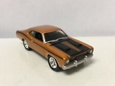 1971 71 Plymouth Duster 340 Collectible 1/64 Scale Diecast Diorama Model