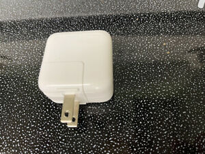 Genuine Apple A1357 10W USB Wall Charger Power Adapter For iPhone, iPad, iPod