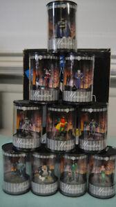 WARNER WB BATMAN JOKER HARLEY QUINN BATMOBILE Miniature COLLECTION Mini STATUE