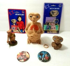 Vintage ET Collectibles Keychain Pins and Figurines Lot of 7 Items