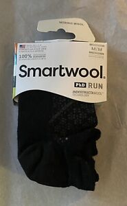 Brand New Women's Smartwool PhD Run Merino Wool Socks Sz Medium $15.95 Value
