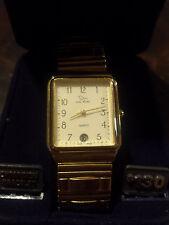 Oscar de la Renta Gold Watch NEW needs battery