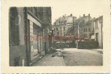 Foto, Funkstaffel der Inf., Westfront, Strassensperre in Senones, 1940, 5026-587