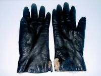 Fownes Womens Size 6.5 Vintage Black Leather Fur Lined Gloves New