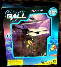 Flying Ball Fliegender Ball Helikopter mit LED und USB Ladekabel in der OVP