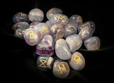 Runensteine (Im Runen-Set Amethyst), weiß-violett, neu