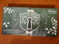 NIB Disney Visa Cardmember Exclusive Store Opening Ceremony Key Special Edition