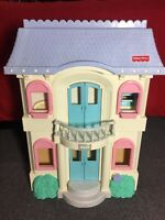 1997 Vintage Fisher Price Loving Family Grande Dollhouse Blue Roof 4618