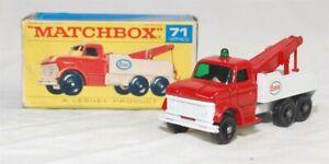 MATCHBOX REGULAR WHLS - R-71C VER 3, FORD HVY WRECK TRK, RED CAB, WHT BED JB1242