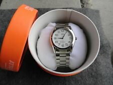 New Men's Q&Q Quartz Watch with the Original Case