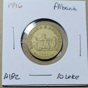 Albania 10 Leke, 1996 Aluminum-bronze coin. KM# 77, Berat Castle