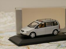 MINICHAMPS VW TOURAN 1/43 SILVER DEALERS EDITION ART.841902107 NEW DIE-CAST