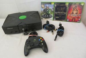 Microsoft Xbox Bundle with 3 Games *As Is*