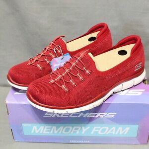 SKECHERS MEMORY FOAM Women slip on red MORE PLAYFUL stretch shoe size 9.5 M New
