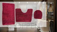 Set di accessori da bagno rosso tappeto
