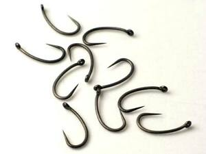 50 TEFLON Carp Fishing Hooks, Size 8, BARBLESS