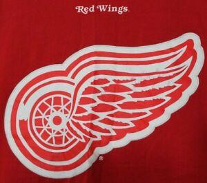 Red Wings NHL Hockey T-Shirt Size XL