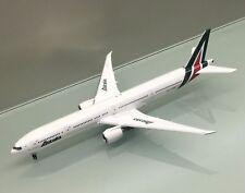Phoenix 1/400 Alitalia Boeing 777-300ER EI-WLA die cast metal model
