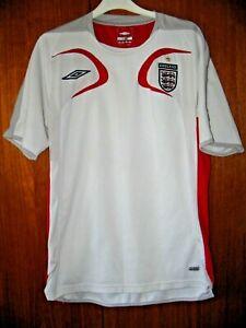 England Football Shirt Umbro Retro Training Shirt size M 38/40 White & Red