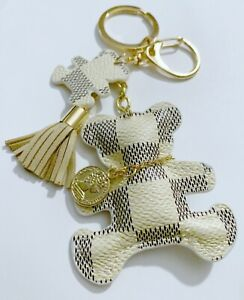 Trendy Vanilla Teddy Bear Keychain!