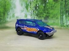 Hot Wheels Chrysler Pacifica Race Support Diecast Model - Excellent Condition
