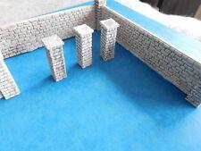 1:72 -1:87 Diorama -Zubehör: 3 unbemalte Mauer-Teile, Ziegelmauer,+ 8 Pfeiler