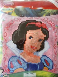 """Cross stitch Kit Disney """" Snow White"""" New by Vervaco  Cushion Front"""