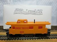 "TYCO 327-23 HO Scale 8 Wheel Streamline Caboose ""UNION PACIFIC 1654"""
