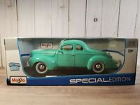 Maisto 1939 Ford Deluxe Coupe 1:18 Scale Diecast Car Exclusive Style Green