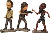 LOOT CRATE EXCLUSIVE FEBRUARY 2016 THE WALKING DEAD MCFARLANE COLLECTIBLE FIGURE