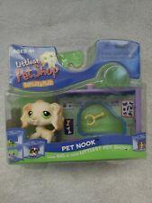 Littlest Pet Shop Cocker Spaniel Dog Display & Play 2006 Pet Nook 347 Green Eyes