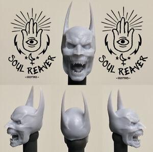 Mezco ONE:12 Vampire Batman Head sculpt
