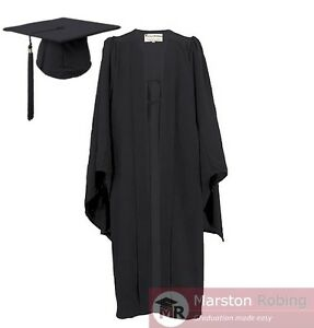 University Academic Graduation Gown and Hat BA Bachelor-UK Best Seller Virtual