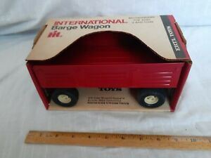 Rare vintage New Condition In Original Box International Harvester Barge Wagon