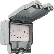 Double Pole Waterproof Socket Outdoor 13A 2 Gang Switched IP66 Outlet