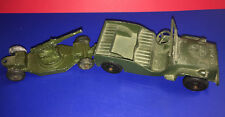 Old Vtg Collectible Tootsie Toy Made In USA Army Jeep & Howitzer Trailer