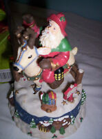 """Santa Musical Action Horse Goes Up & Down When Music Plays 5"""" tall Artmark"""