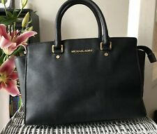 Lovely Genuine Michael Kors Medium Selma Black Satchel Bag