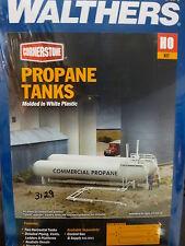 Walthers Cornerstone HO #933-3129 Propane/Ammonia Stroage Tanks -- Kit