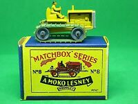 Matchbox Lesney No.8a Caterpillar Tractor In Type 'B1' Series MOKO Box