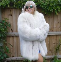 ❤️ LOVELY WHITE SAGA FOX FUR DESIGNER COAT JACKET SIZE M/L UNISEX